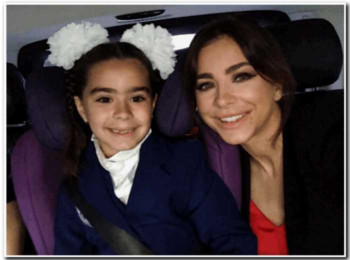 Ани Лорак выплачивает по 2 миллиона на обучение дочери в элитной школе