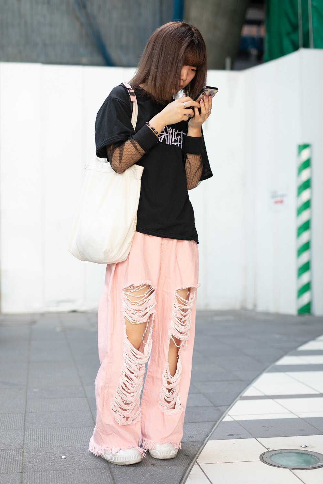 Неделя моды в Токио: лучшие street style образы