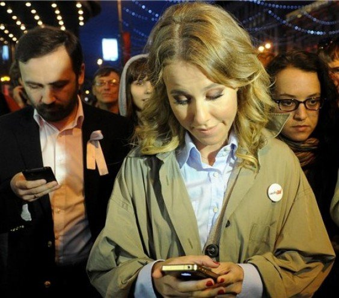 Самсунг засудит Собчак на $1,3 миллиона долларов за использование iPhone