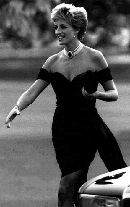 Личный стилист принцессы Дианы: 5 фактов об Анне Харви