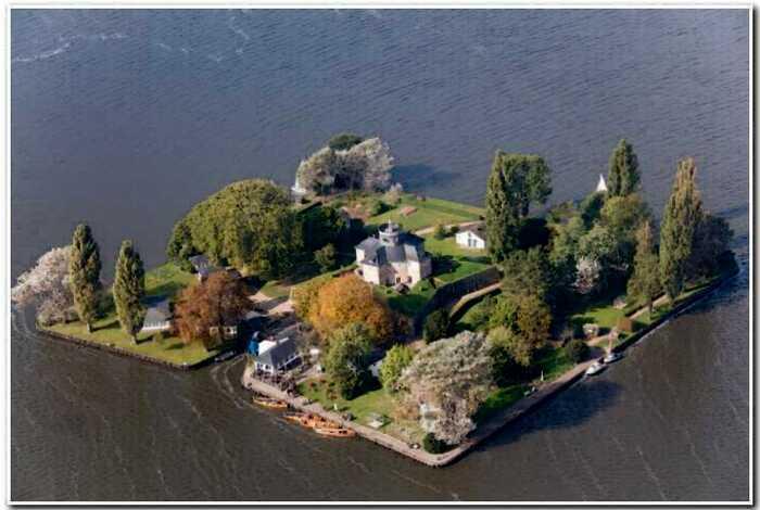 10 самых миниатюрных населенных островов, на которые хочется сбежать прямо сейчас
