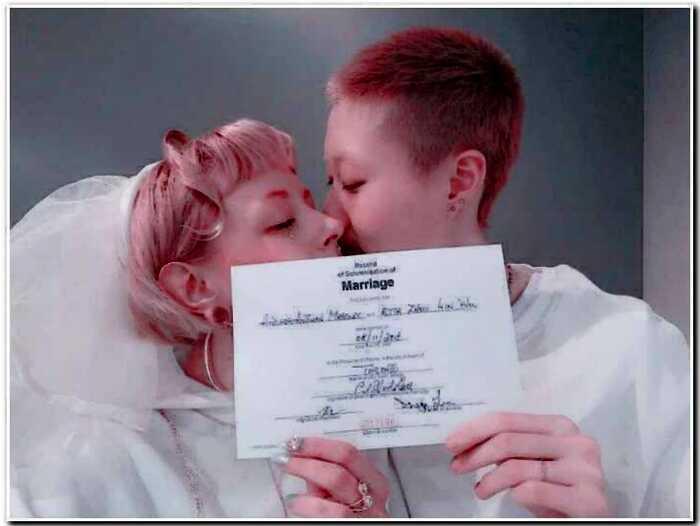 Единственная дочь Джеки Чана вступила в брак с канадкой против воли отца