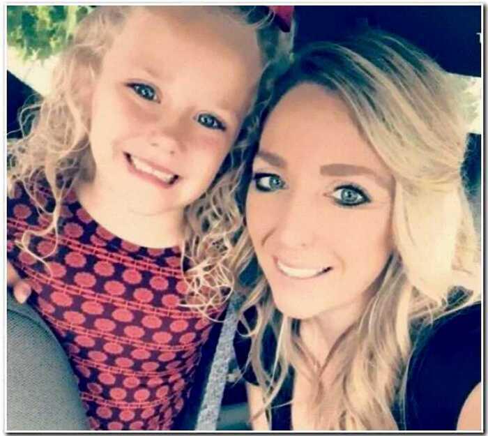 Американка назвала свою дочку ABCDE и пришла за поддержку в интернет. Зря
