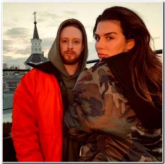 «Совсем молоденький»: Анна Седакова показала своего нового бойфренда