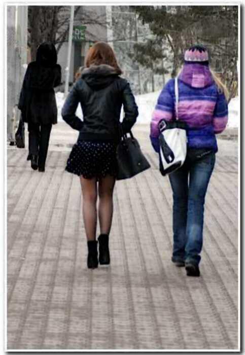 12 упорных дамочек, готовых одеваться «по фен-шую» даже в лютую зиму