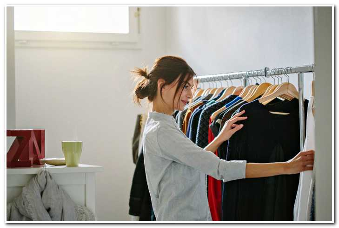 Ревизия гардероба: 5 вещей, которые нужно выбросить прямо сейчас