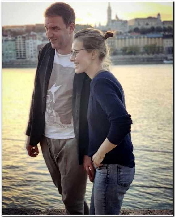 «Если попросишь, я оставлю тебе квартиру»: Собчак и Виторган обсудили условия развода