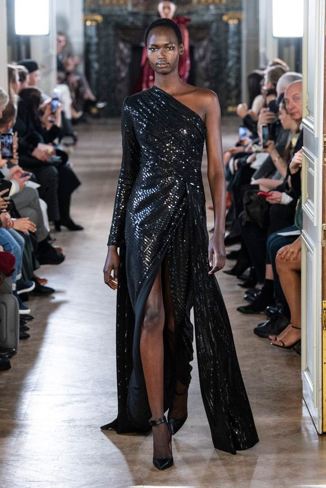 20 роскошных платьев на показе Elie Saab
