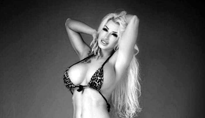 Модель Playboy потратила на пластические операции $66 000, и вот что из нее вылепили