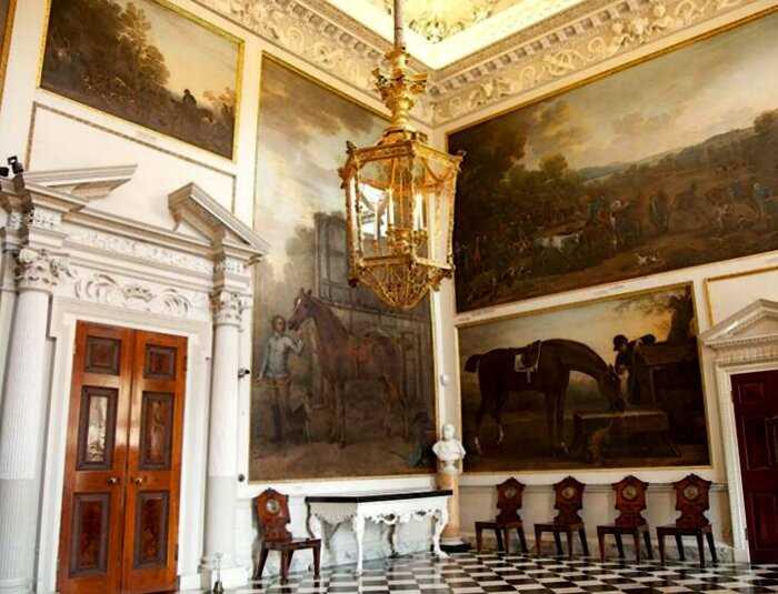 Дома знаменитостей: где жила принцесса Диана до свадьбы с британским принцем