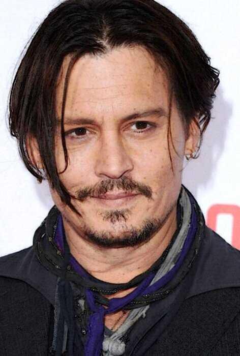 «Припудрить носик»: 10 знаменитых мужчин, которые обожают макияж