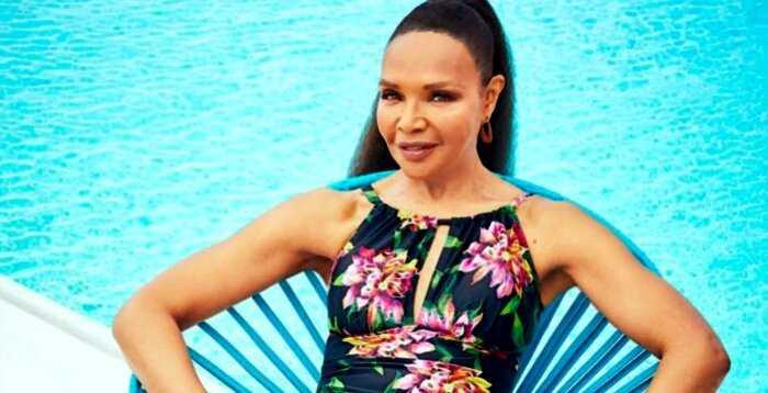Мать Наоми Кэмпбелл снялась в рекламе купальников в 67 лет