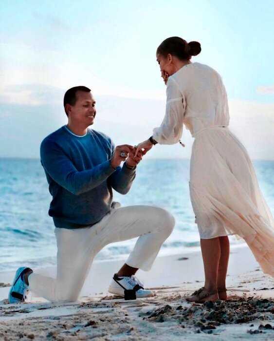 Джей Ло готова платить мужу $2 миллиона долларов за супружескую верность