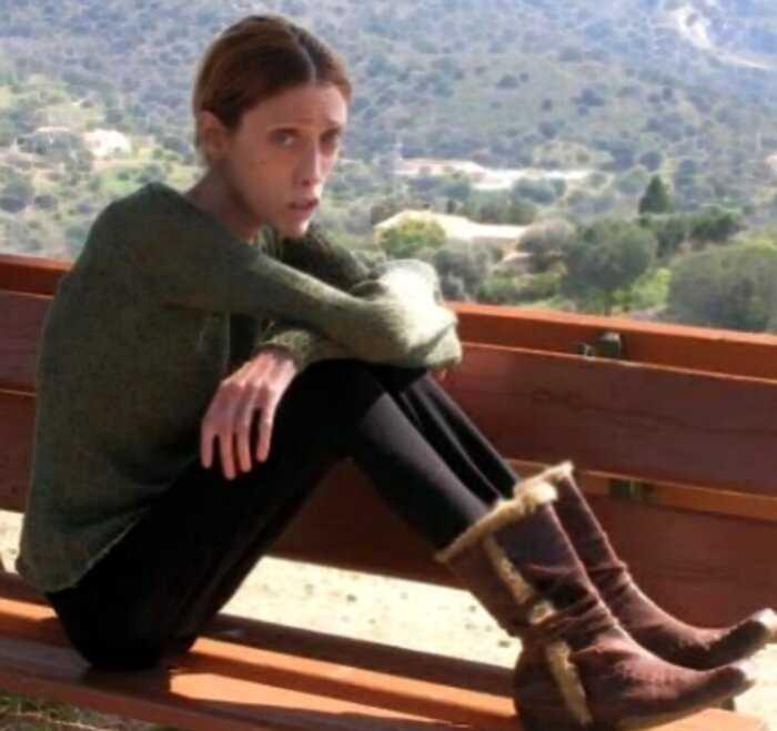 «История Изабель Каро»: модель, которую родная мать довела до анорексии