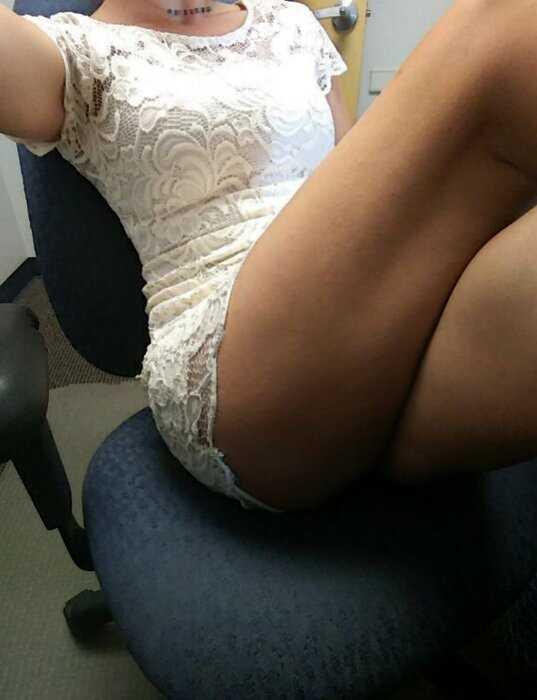 Девушки, которым скучно на работе - 09.08.19