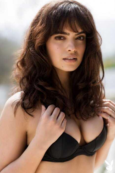Нина Дэниэль в эротической фотосессии для Playboy (12 фото)