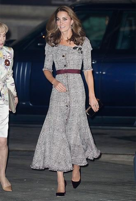 «Меган, Кейт и Мелания»: самые нелепые платья и неудачные образы главных леди