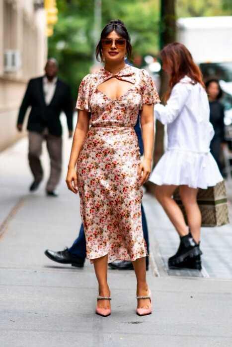 Икона стиля из Индии: 3 потрясающих образа Приянки Чопры в Нью-Йорке