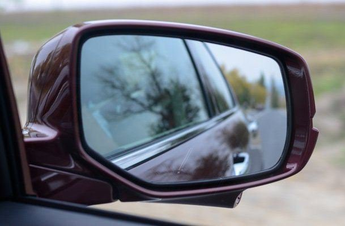 14-летняя девочка нашла способ, как решить проблему слепых зон в автомобилях