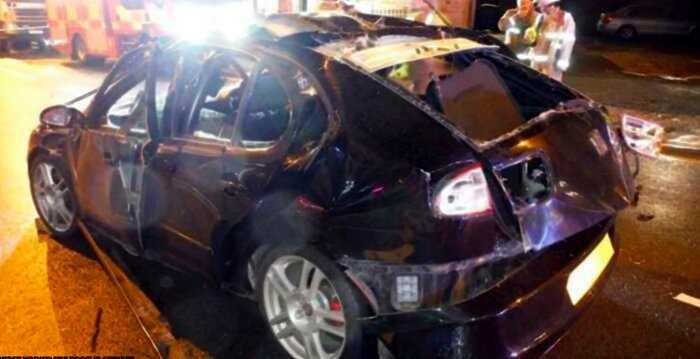 «Читать всем»: водитель распылил освежитель и закурил. Вот, что стало с его авто