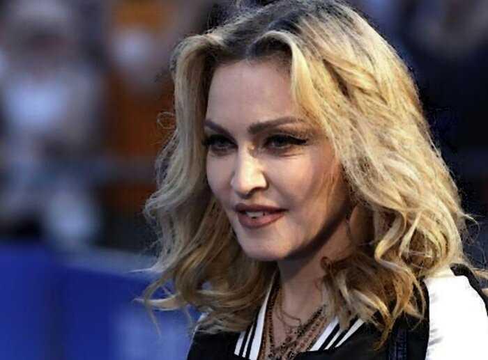 «Бросайте скучную Канаду»: Мадонна предложила Гарри и Меган переехать в США