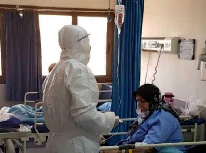 Массовые захоронения умерших от коронавируса в Иране видны из космоса