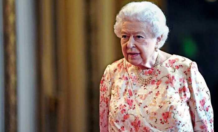 Королеву Елизавету II эвакуировали из Букингемского дворца из-за коронавируса