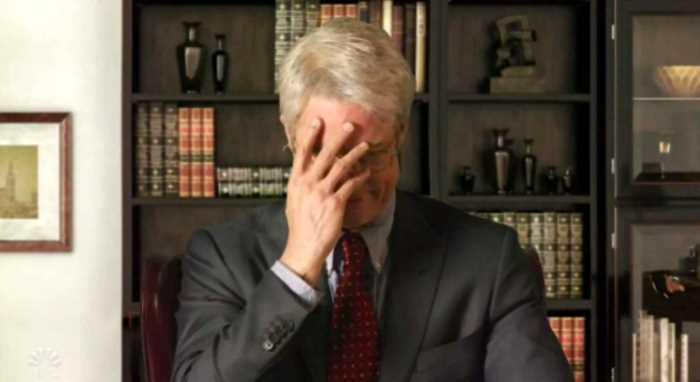 Брэд Питт переоделся в главного врача США и едко высмеял Дональда Трампа