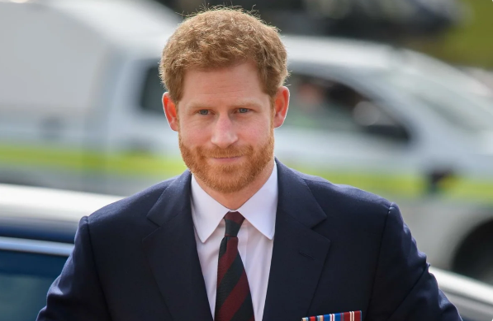 Безработный принц Гарри распродает свое имущество