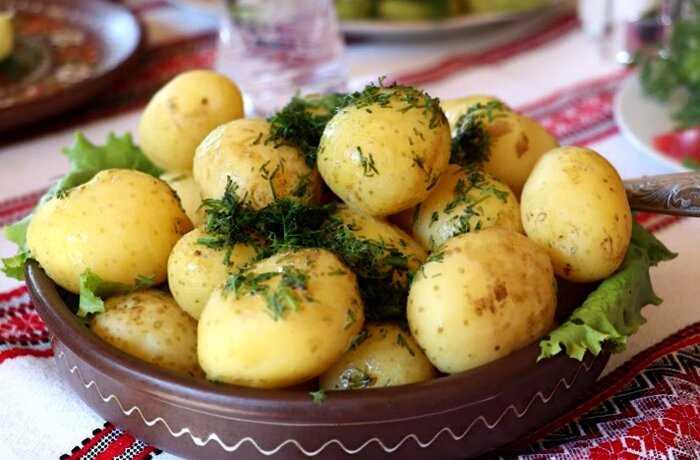 7 вкуснейших способов приготовления молодого картофеля