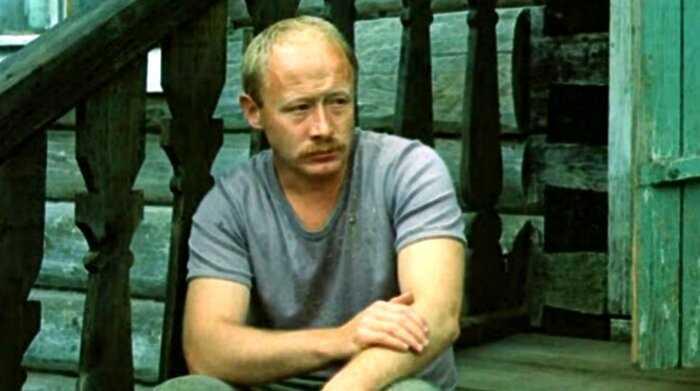 Умер актер Виктор Проскурин. Он играл в «Большой перемене» и «Жестоком романсе»