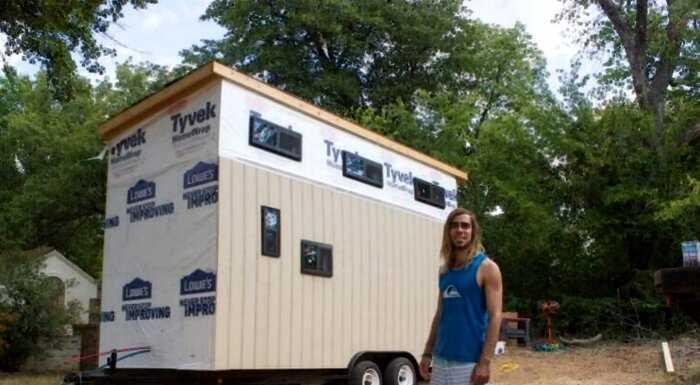 Находчивый студент, чтобы совсем не платить за общежитие, построил дом
