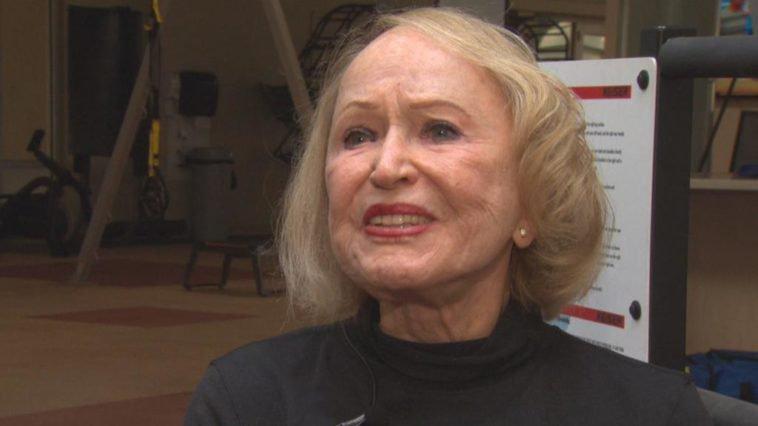 Старушка тягала штангу вплоть до 104 лет, и сейчас её внешность доказывает, что спорт — это жизнь