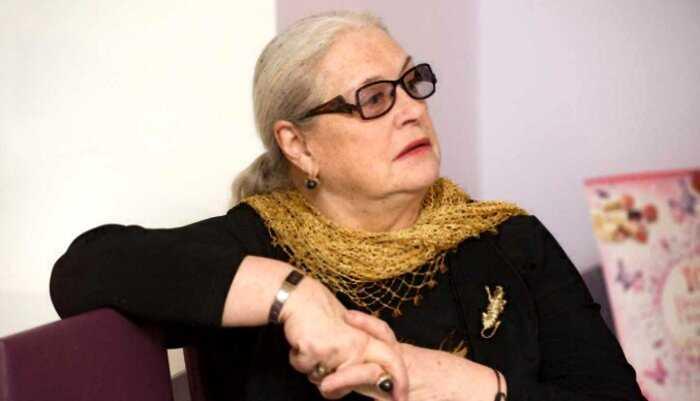 «Полусумасшедшая старуха»: дочь обвинили в неуважении Федосеевой-Шукшиной