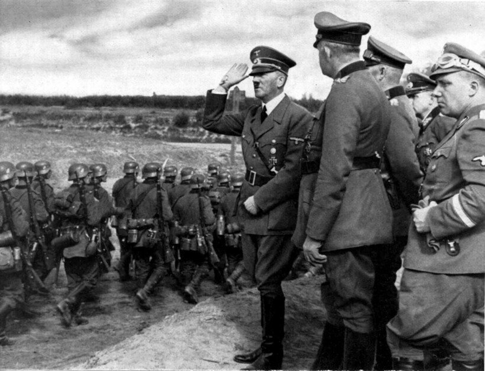 Появилась новая гипотеза, как Гитлер встретил свой конец