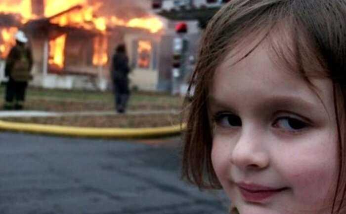 Героиня мема «девочка-катастрофа» продала свое культовое фото