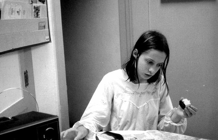 История Джинни Уайли, американской девочки-маугли и как сложилась ее жизнь