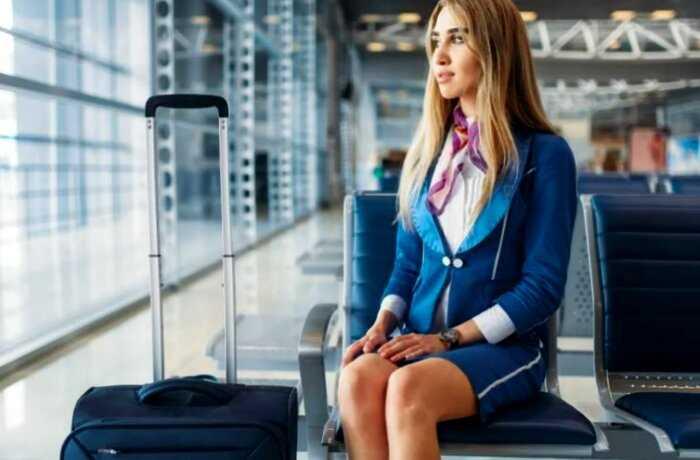 Странные правила для бортпроводников в самолете